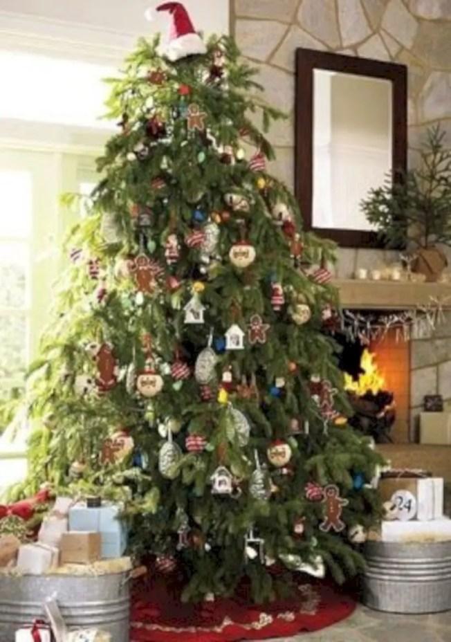 Genius ways to repurpose galvanized buckets this christmas 09