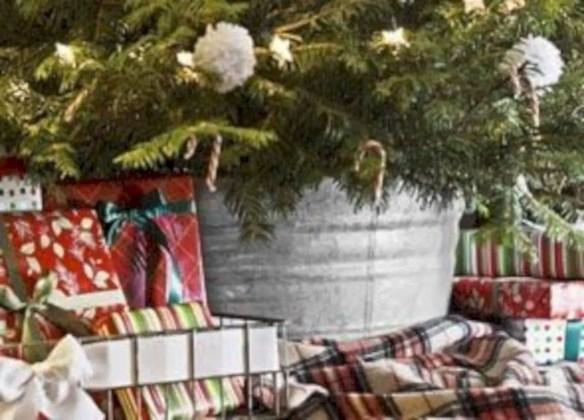Genius ways to repurpose galvanized buckets this christmas 16