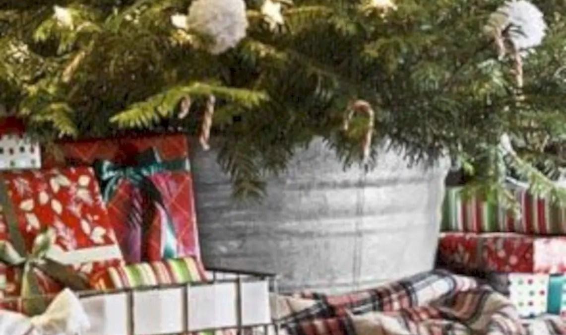 49 Genius Ways to Repurpose Galvanized Buckets this Christmas