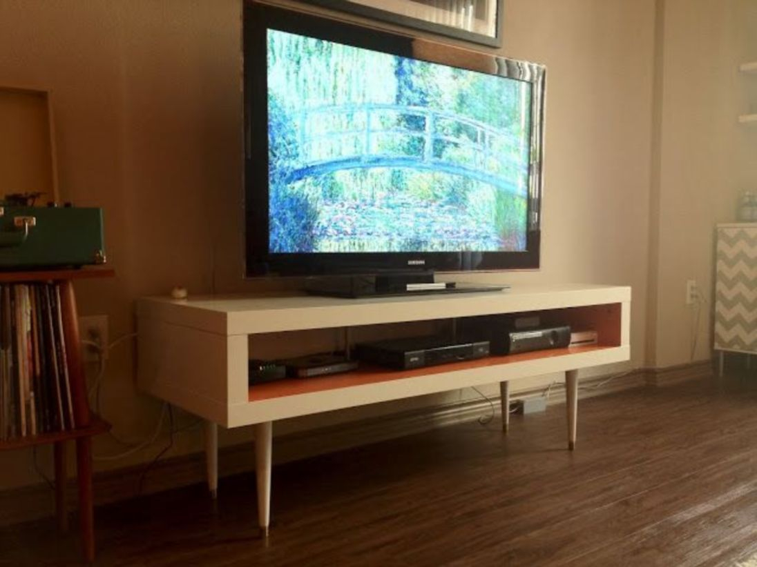 Modern tv stand design ideas for small living room 09
