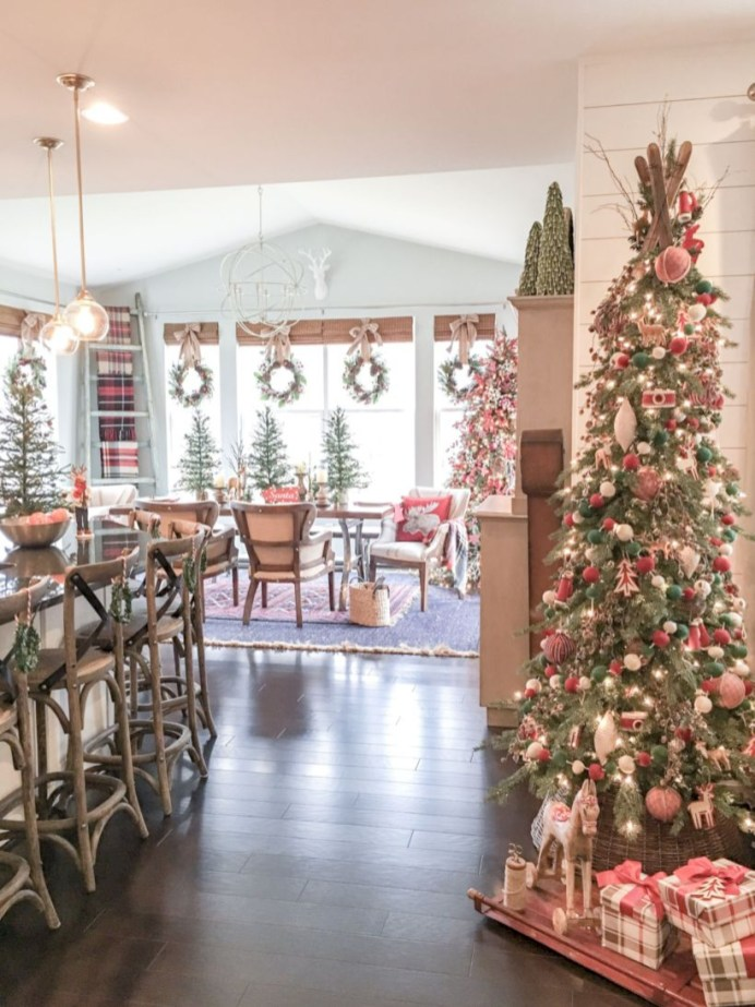 Stunning christmas decoration ideas in 2018 24