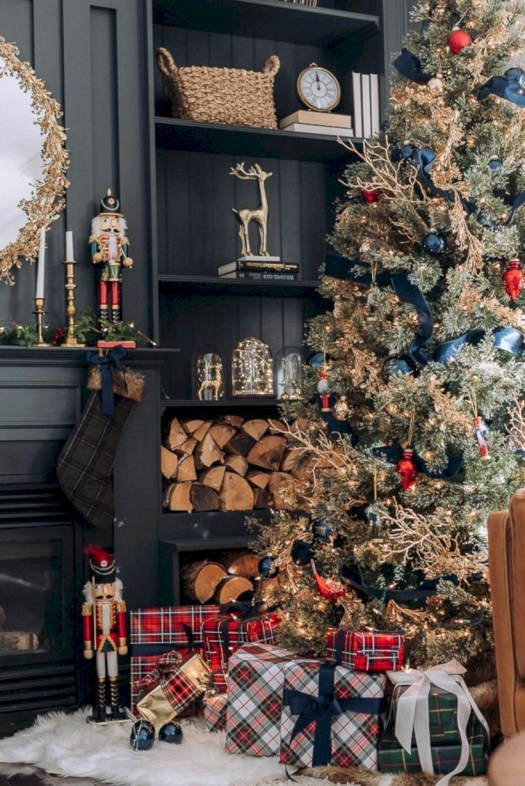 Stunning christmas decoration ideas in 2018 36
