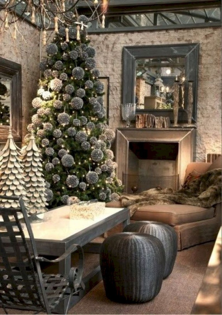 Stunning christmas decoration ideas in 2018 47