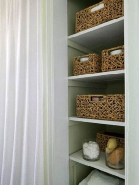 Ways to organizing your chaotic linen closet 09