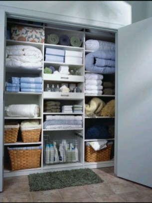 Ways to organizing your chaotic linen closet 34