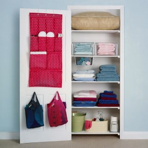 Ways to organizing your chaotic linen closet 39