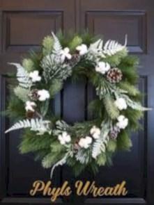 Winter christmas wreath to compliment your door 08