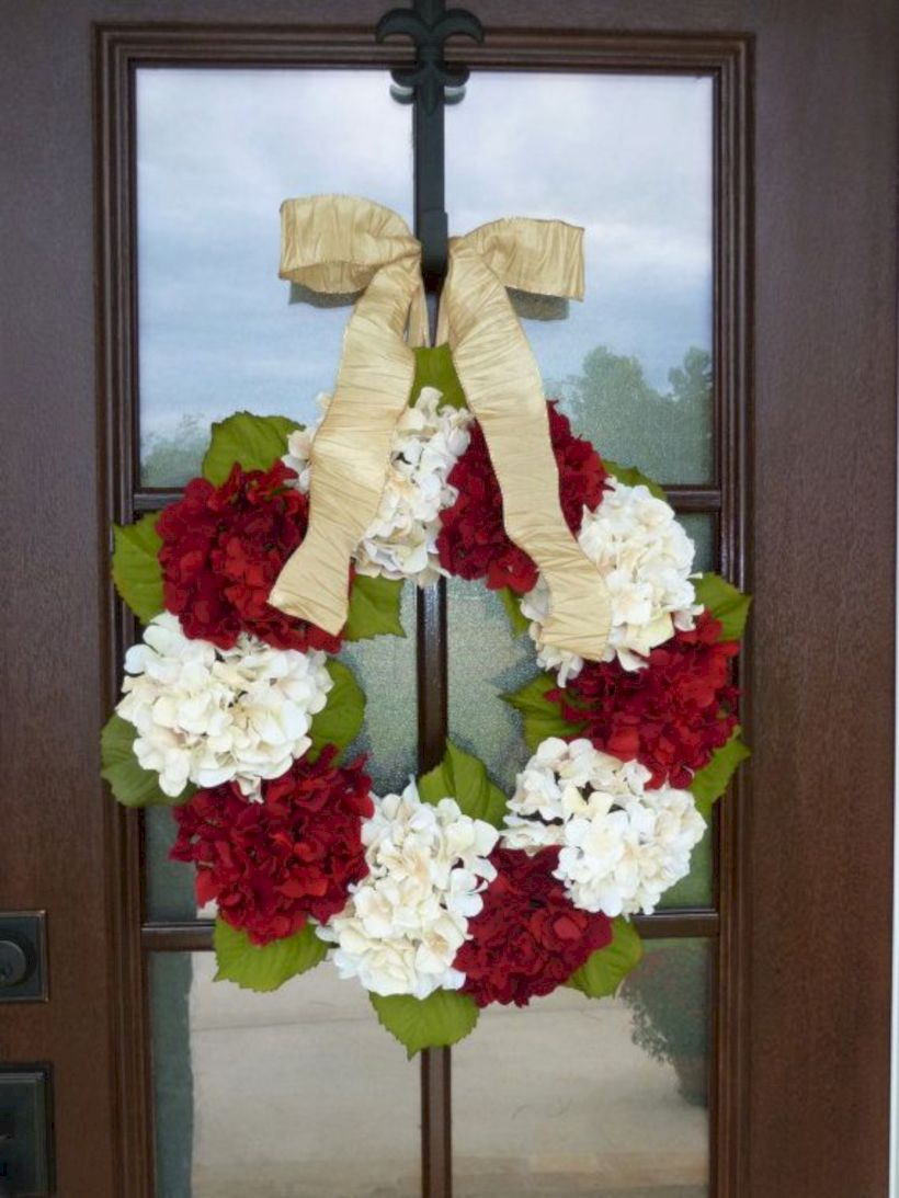 Winter christmas wreath to compliment your door 45