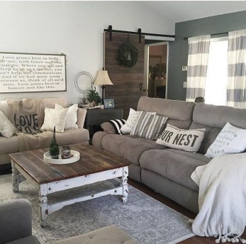 Awesome country farmhouse decor living room ideas 25