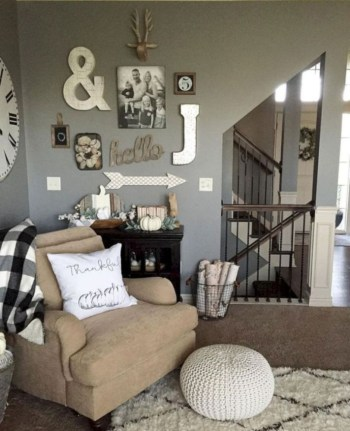 Awesome country farmhouse decor living room ideas 41