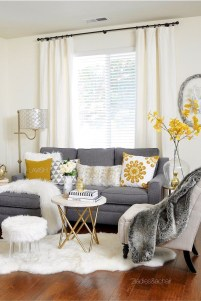 Cozy living room decor ideas to make anyone feel right at home 18