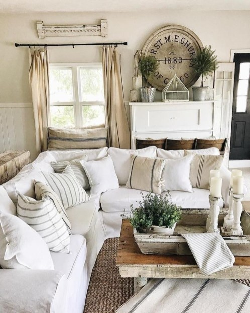 Cozy living room decor ideas to make anyone feel right at home 19