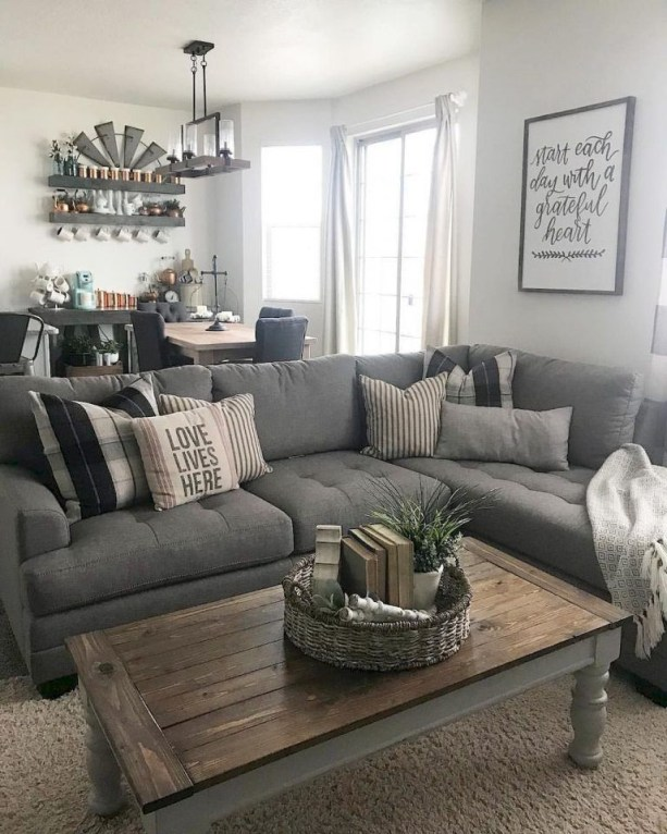 Cozy living room decor ideas to make anyone feel right at home 34