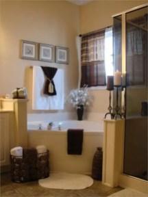 Cozy master bathroom decor ideas 14