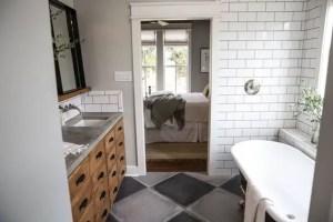 Cozy master bathroom decor ideas 42