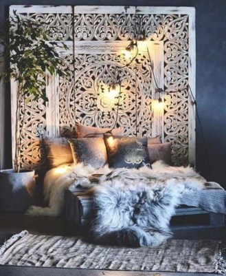 Cozy and beautiful bedroom for winter decor ideas 06
