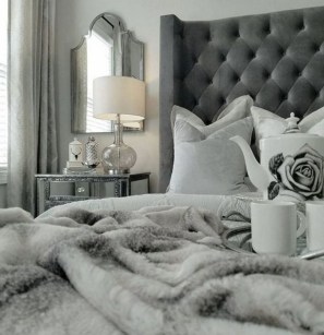 Cozy and beautiful bedroom for winter decor ideas 21
