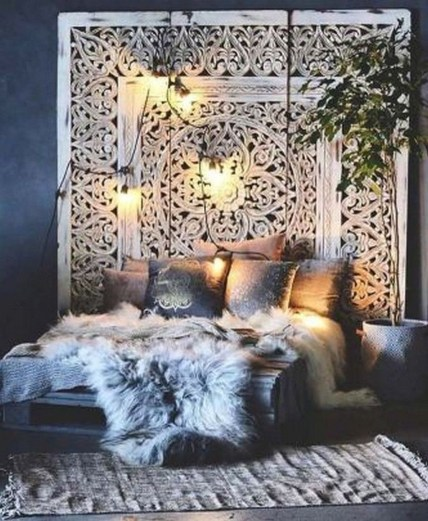 Cozy and beautiful bedroom for winter decor ideas 43