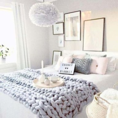 Cozy and beautiful bedroom for winter decor ideas 55