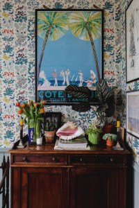 Gorgeous maximalist decor ideas for any home 08