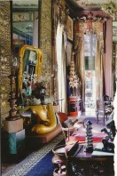 Gorgeous maximalist decor ideas for any home 34