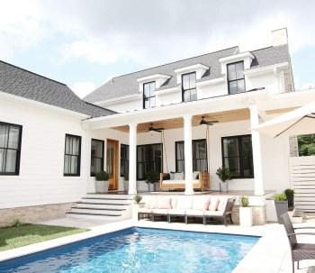 Modern farmhouse exterior design ideas 01