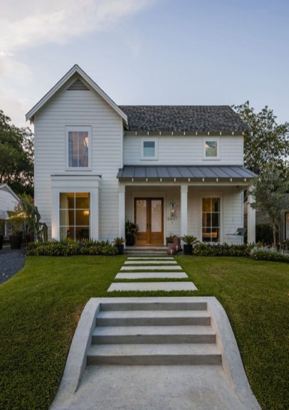 Modern farmhouse exterior design ideas 11