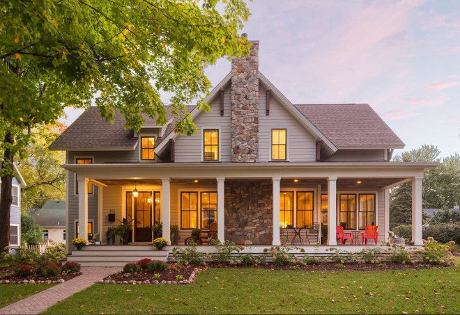 Modern farmhouse exterior design ideas 13
