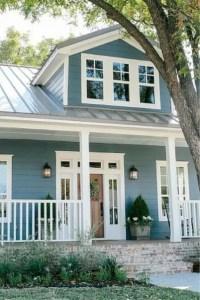 Modern farmhouse exterior design ideas 25
