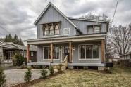 Modern farmhouse exterior design ideas 31