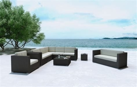 Minimalist furniture for your outdoor area 01