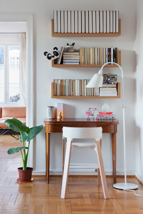 Corner shelves that change home decor become more beautiful 24