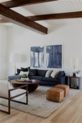 Design a living room in a small space that remains comfortablel 22