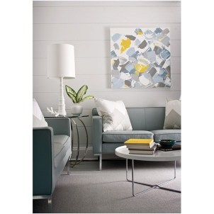 Design a living room in a small space that remains comfortablel 31