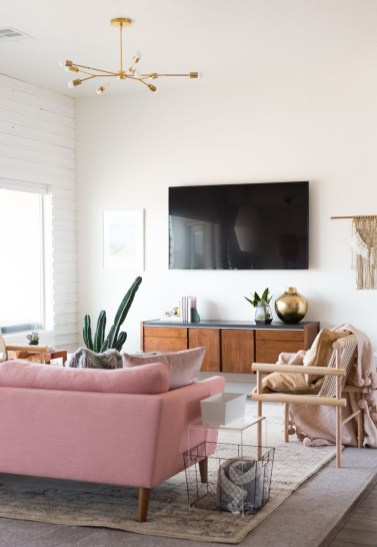 Design a living room in a small space that remains comfortablel 42