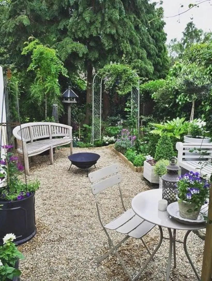 The best small home garden design ideas 17