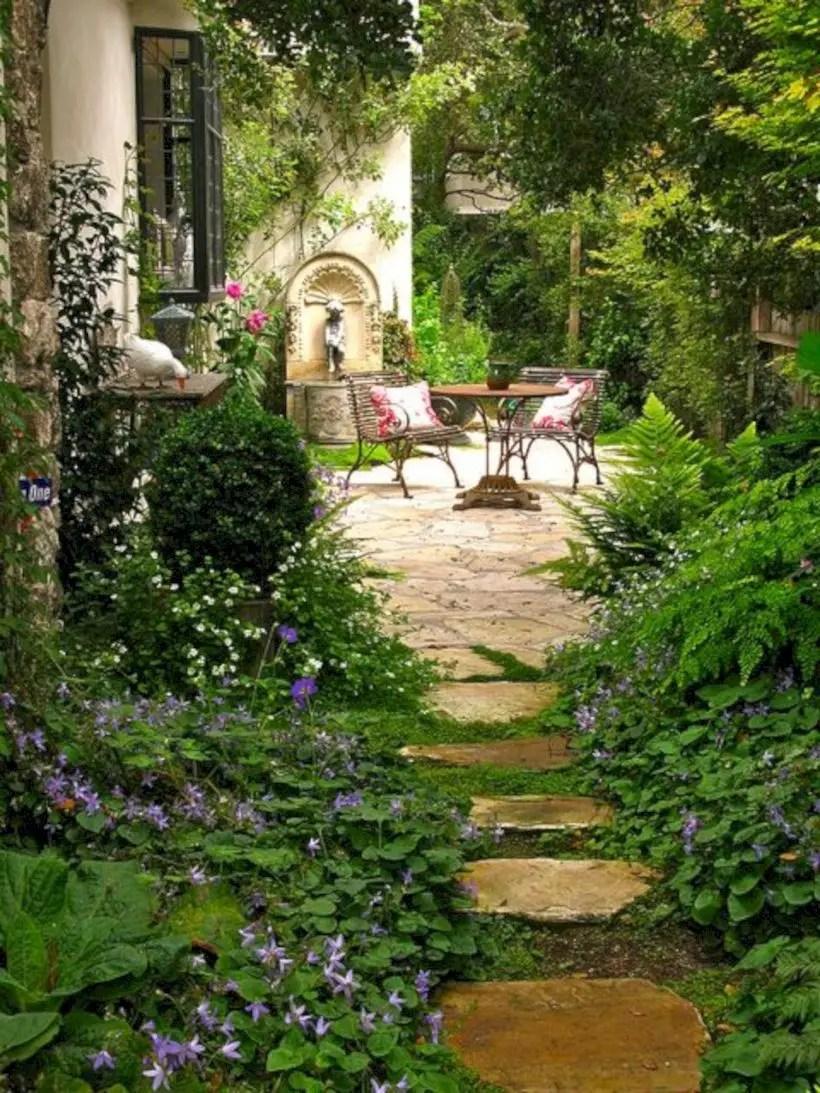 The best small home garden design ideas 26