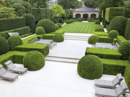 A small garden design that is still beautiful to see 22