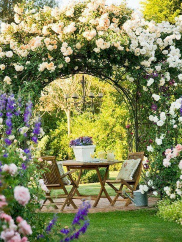 Amazing rose garden ideas in this year 44