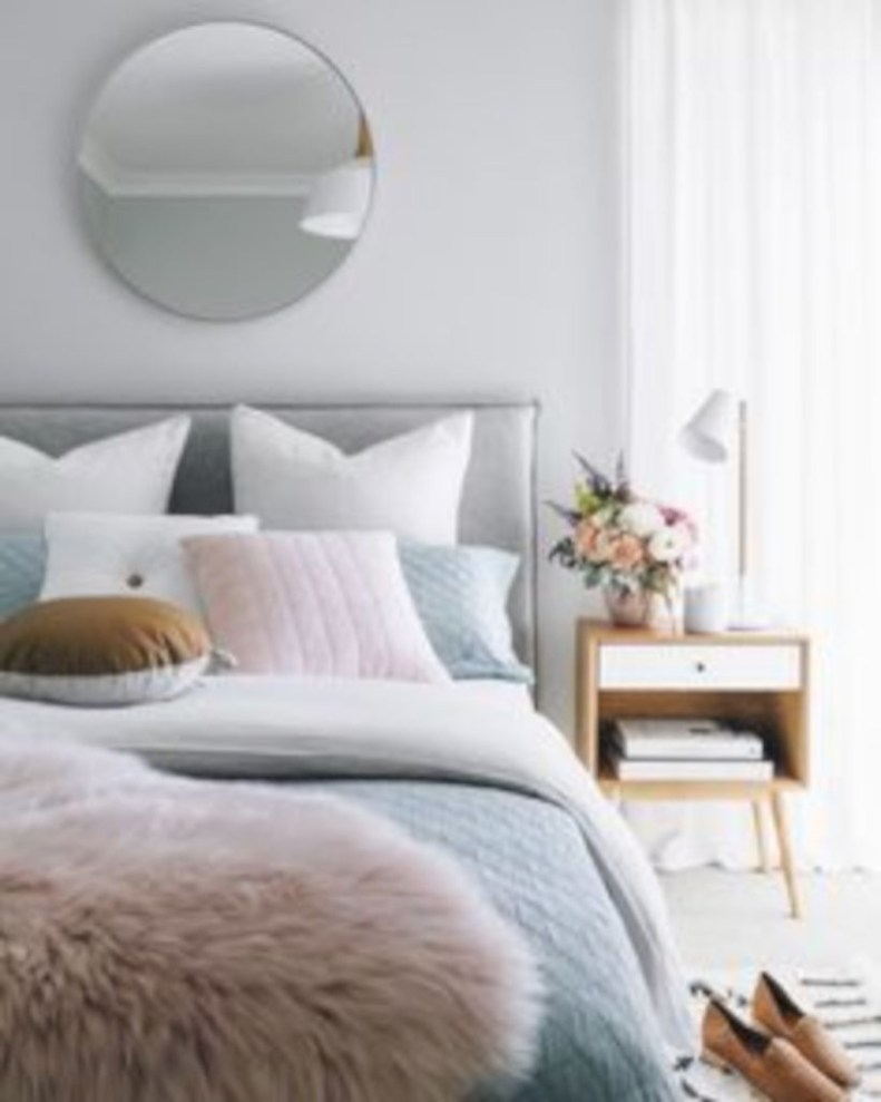 Bedroom design ideas that make you more relaxed 25