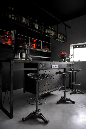 Amazing mini bar design ideas that you can copy right now 08