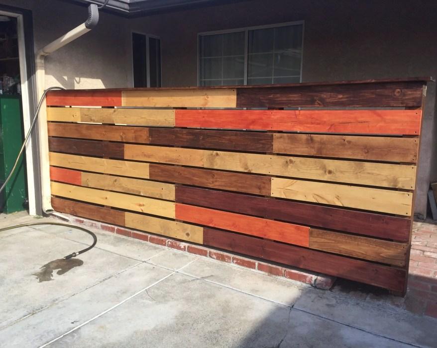 Amazing home fence color design ideas 47