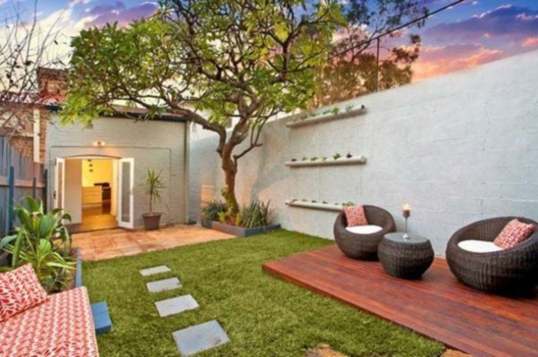 Backyard design for small areas that remain comfortable to relax 12