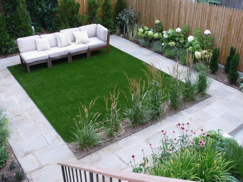 Backyard design for small areas that remain comfortable to relax 41
