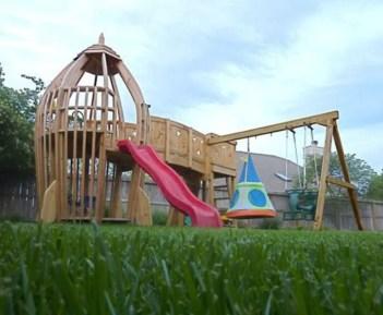 Backyard design ideas with children's slides 04