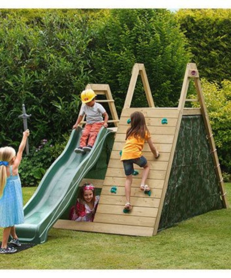 Backyard design ideas with children's slides 21