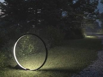 Garden lamp design ideas that make your home garden looked beauty 24