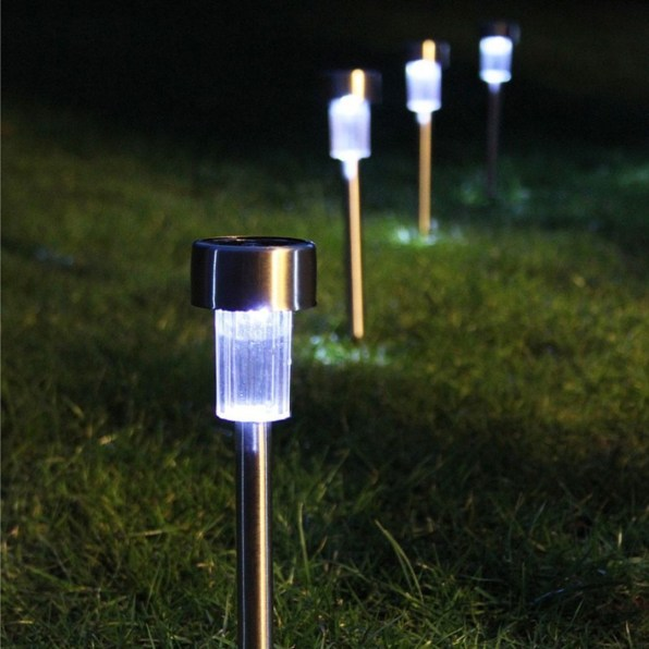 Garden lamp design ideas that make your home garden looked beauty 51
