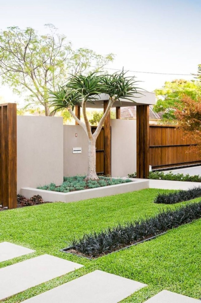 Garden exterior design ideas using grass that make your home more fresh 04