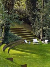 Garden exterior design ideas using grass that make your home more fresh 23